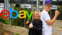 Charity-Auktion mit Loveparade-Schätzen  und besonderen Erlebnissen