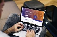 Schlau gemacht: Interlutions und DAV Bremen laden online zum Studieren ein