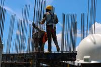 Baupreissteigerungen: Wer trägt die Kosten?
