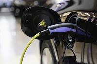 Was Gebrauchtwagenkäufer bei E-Autos beachten sollten - Verbraucherinformation der ERGO Versicherung