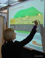 Die Siemens Stiftung erweitert ihr Medienportal um interaktive Tafelbilder
