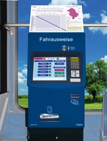 Deutsche Mechatronics: Materialeffizienz macht Fahrscheinautomaten leicht und robust