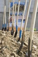 Hülskötter & Partner expandieren: Spatenstich des neuen Seminarzentrums am 15. April 2011