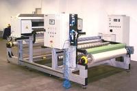 Flexible Umrollmaschine und Rollenschneidmaschine von Grossmann Heidenheim