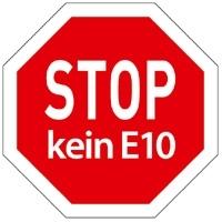 """E10 Aufkleber: Mit dem """"Stop - kein E10"""" Autoaufkleber von WiperGuard auf Nummer sicher gehen"""
