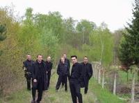 A-Cappella Polen: Im alten Stellwerk in Godkuw bei Chojna singt das Septett aus Köln