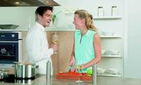 Oranier Küchentechnik: Flüster-Technik - Dunstabzugshauben und Geschirrspüler sorgen für angenehme Ruhe