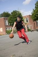 Kraftpakete für Athleten: Trockenfrüchte und Nüsse von Jalall D