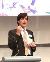 Olaf Hartmann spricht bei Werbe-Festival in Prag