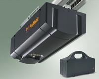 Fertiggaragen von MC-Garagen mit Photovoltaik zum Antrieb des Garagentores