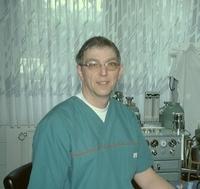 showimage Bernd Schmidt, Tierarzt der tierärztlichen Gemeinschaft Borken und Wabern, im Ratgeber Gesundheit von KHN: Zahnerkrankungen bei Hund und Katze