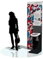 100% Doodlekunst für die Ausstellung und gewagte Farben für individuelle WC-Sitze