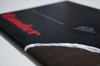 """Print-Schokolade der Extraklasse: Markenmagazin """"Zunder"""" von red pepper erhält den renommierten red dot design award"""