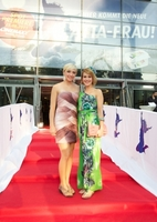 LÄTTA-Frau in Hamburg bei Spot-Premiere auf der ganz großen Kinoleinwand gefeiert