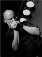 ED STONE, 12 BAR DOUBLE DRIVE, MOTTEN IM MAUERWERK und HANDS OFF DAN - spannende Sessions und spektakuläre Konzerte im September 2011 im GARBÁTY
