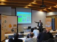 "thetakom.Dialog 2011: erfolgreiche ""Unified Communication"""