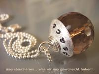 showimage You can leave your cap on...  Edelstein-Charms mit beschriftbarer Silberkappe - die Geschenkidee zu  Weihnachten