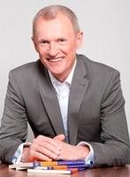 Wolfgang Bönisch stellt neues Seminarkonzept für 2012 vor