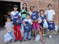 Geschichte mitgestalten: Dequeni möchte 3000 Schultüten packen
