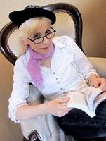 Die Kinderbuchserie Abenteuer im Wiesenwunderland ist das Schönste von Charlotte Rollberg.