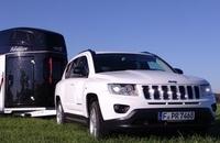 showimage Brandaktueller Pferdeanhänger-Zugfahrzeugtest auf www.mit-Pferden-reisen.de: Jeep Compass