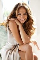 """Jennifer Lopez bringt """"Beautiful Sound"""" in die globale Markenkampagne von Harman Kardon"""