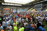 B2RUN feiert 2012 wieder im SIGNAL IDUNA PARK die Deutsche Firmenlaufmeisterschaft