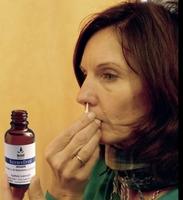 Natürliches Nasenreflexöl macht die Nase frei