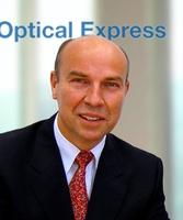 Optical Express gewinnt Karl Klamann als neuen Chef