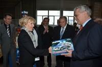 Bayerischer Innenminister besucht Playmobil-Produktion