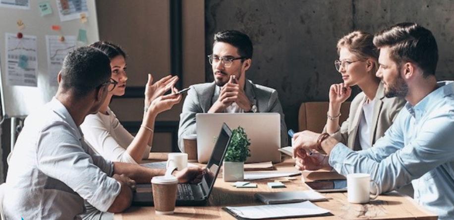 Symposium zum Thema Arbeitsmobilität, Coworking und Pendlerstationen