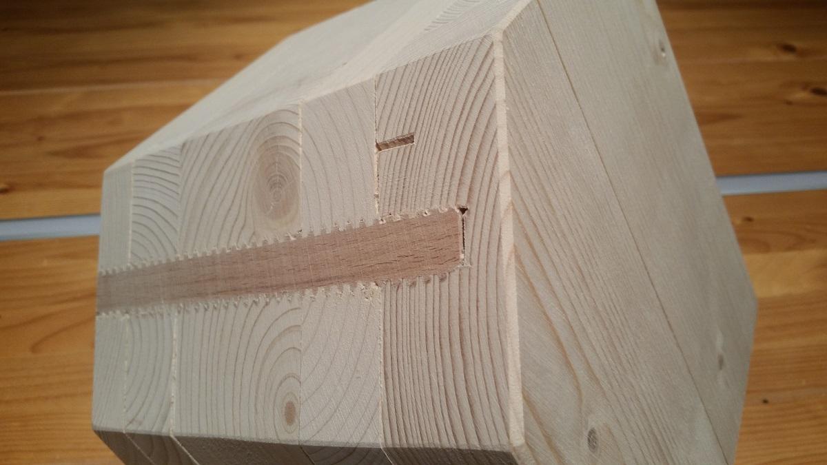 Koelns erstes ökologisches Massivholzhaus nur aus Holz wird in Rodenkirchen gebaut