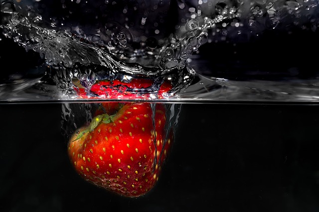 So wäscht man Erdbeeren richtig