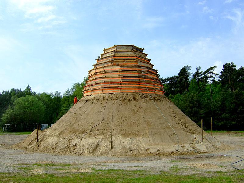 Binz will höchste Sandburg der Welt bauen
