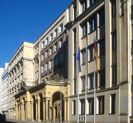 Netzwerkdurchsetzungsgesetz: Allianz für Meinungsfreiheit regt runden Tisch an
