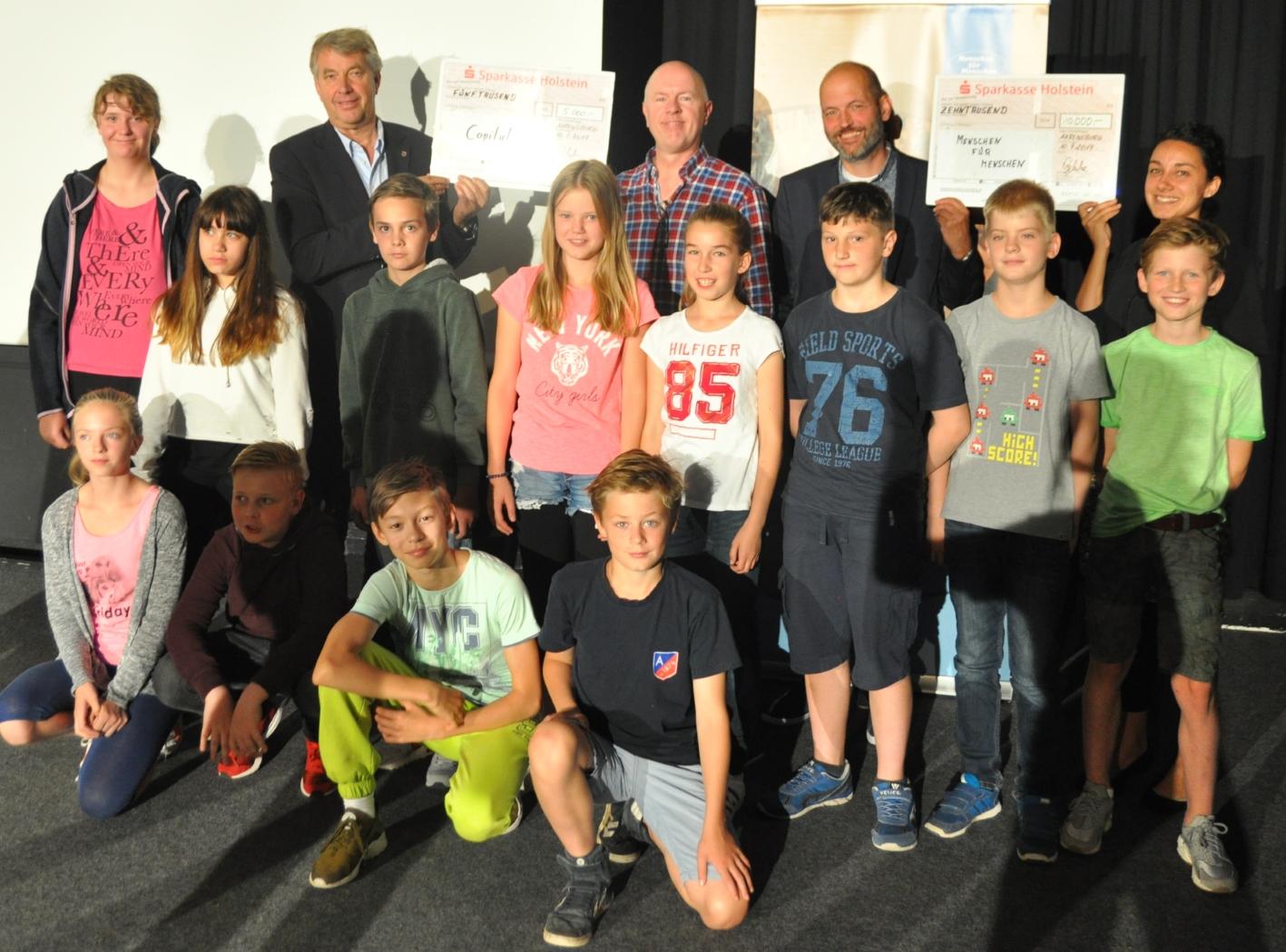 Stiftung Menschen für Menschen freut sich über 10.000 Euro-Spende