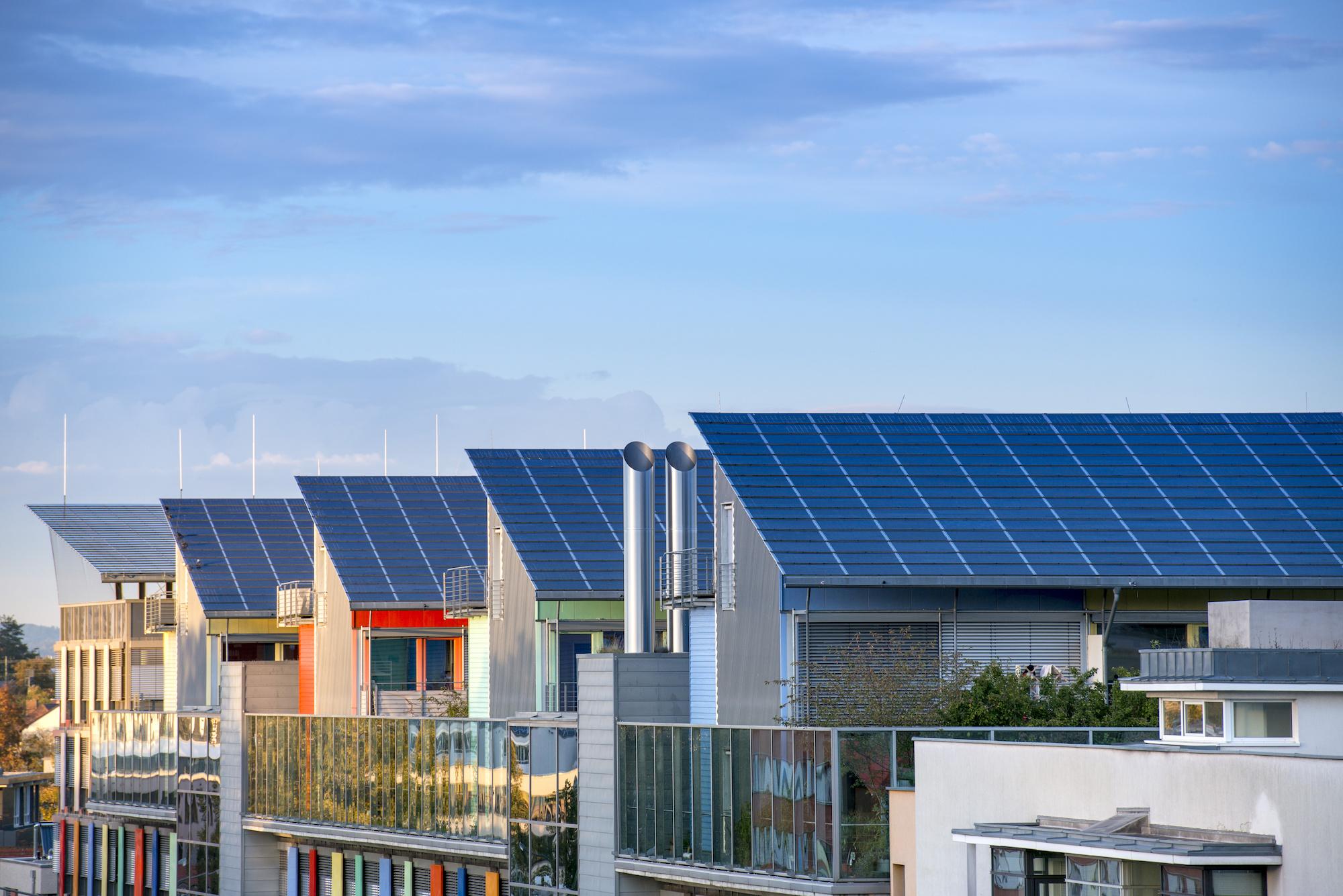 Mieterstrom, Quartierstrom und Quartierspeicher: Gesch#xE4ftsmodelle f#xFCr die lokale Energiewende. Veranstaltung am 15.+16.6.16