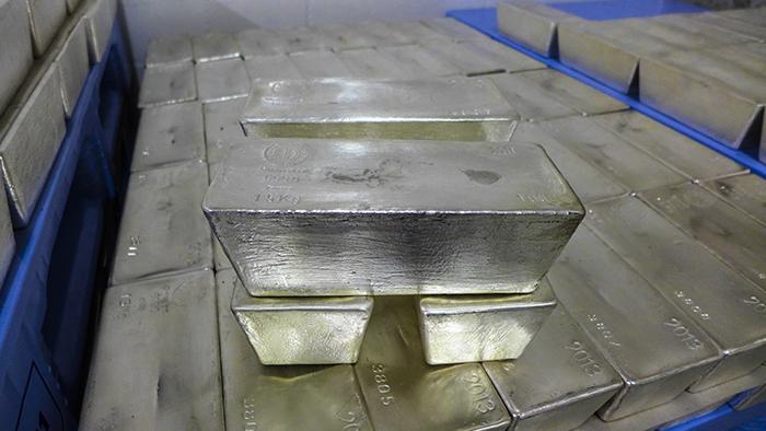 ProService informiert: Warum die Finanzindustrie keine Edelmetalle mag