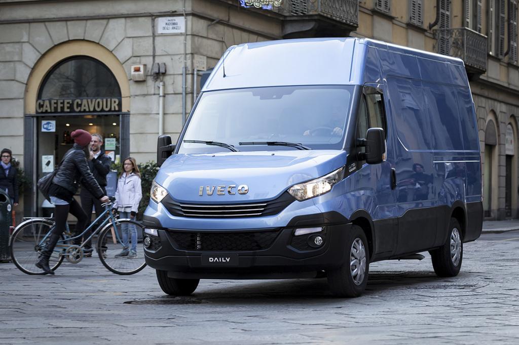 Iveco Daily Euro 6 ist der beste Großtransporter 2016