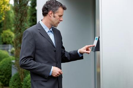 Haus- oder Wohnungstür: Welcher Schließtyp sind Sie ...?