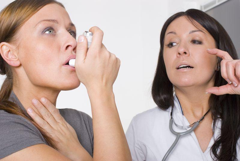 Einfache Inhalationstechnik bei Asthma wesentlich