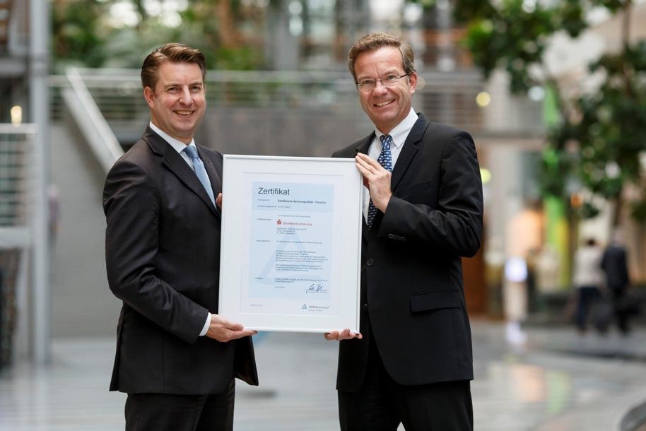 S-Direkt erneut Servicesieger bei Kfz-Versicherern