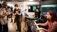 Der John Lennon Bus und das SAE Institute bieten Audio Engineering Stipendien in Europa