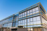 Laborlogistiker bietet Maklerdienste für Labore an