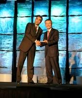 Moxa erhält 2014 Global Frost & Sullivan Award for Customer Value Leadership