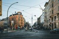 Die Stadt von morgen - Wohnraum und Frieden