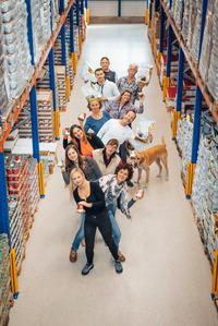 Futter Shuttle ist Ihr Onlineshop für hochwertiges getreidefreies und Hypoallergenes Hunde- und Katzenfutter