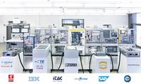 SmartFactoryKL steuert intelligente Industrie 4.0-Anlage mit MES von iTAC