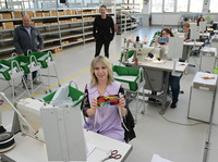 Peter Kaiser stellt Produktion in den Dienst der Gesundheit