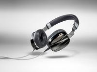 bayerischer Kopfhörerspezialist zeigt edlen Mobilhörer Edition M Black Pearl auf der High End 2016